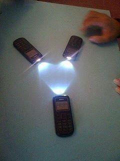 สิ่งที่แตกต่าง ที่ แบล็คเบอร์รี่ และ Iphone ทำไม่ได้ ราคา 3 เครื่องยังไม่ได้เศษเสี้ยวของ Iphone เลย !!!