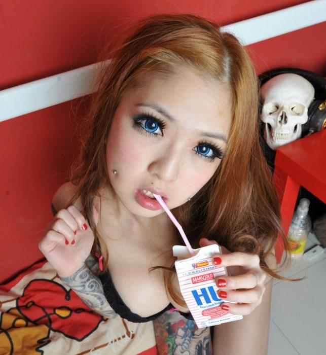 สำหรับคนชอบสัก ไปสักกับเธอ Kinki Ryusaki