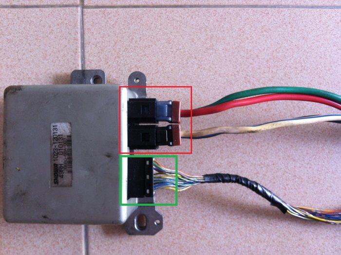 ตัวกล่อง ECU แร็คไฟฟ้า วงแดงหรือวงเขียวครับ