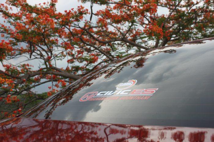 Civic Es โปรเจคเตอร์เลนส์ พร้อม บาร์ไลท์ สวยงาม ลงตัว หน้าที่ 4 เลย ครับ เชิญชมได้เลย ครับ