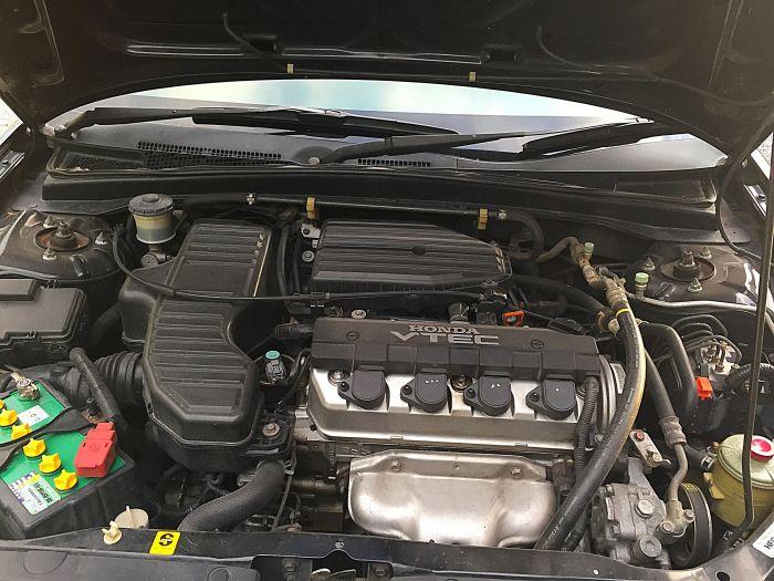 ขายรถใช้อยู่เองครับ 2005 civic rx(แท้) สีดำ