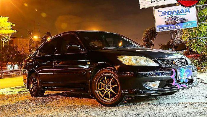 รถปี2005 RXมีปัญหาสีด้าน(สีดำ) เราต้องเคลมประกันทำสีใหม่ทั้งคัน ก่อนจะขาย หรือ ขายตามสภาพ?