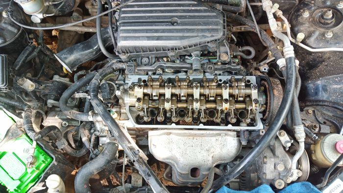 ในรูปเป็นเครื่องของรถผมเองครับ รหัส d17z1